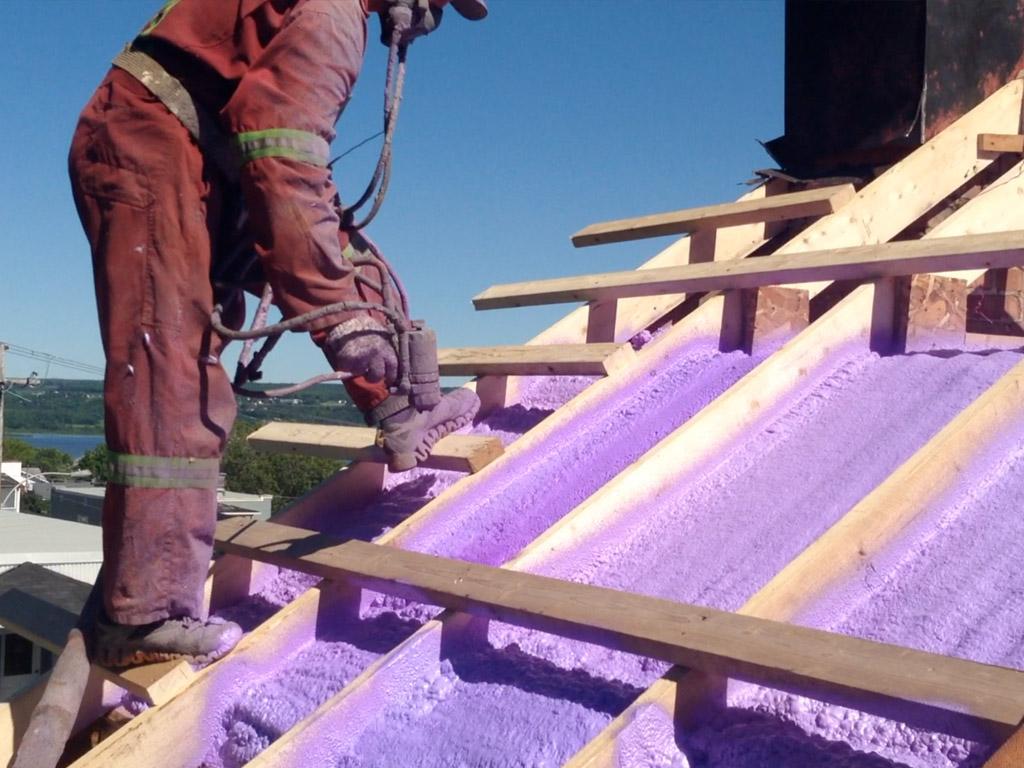Isolation d'une toiture à Beauport